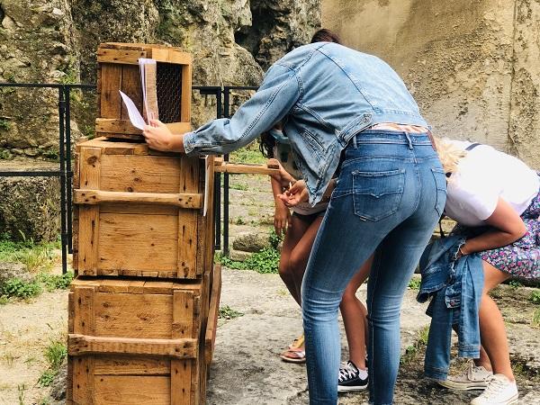 escape-game-theatre-antique-orange-2